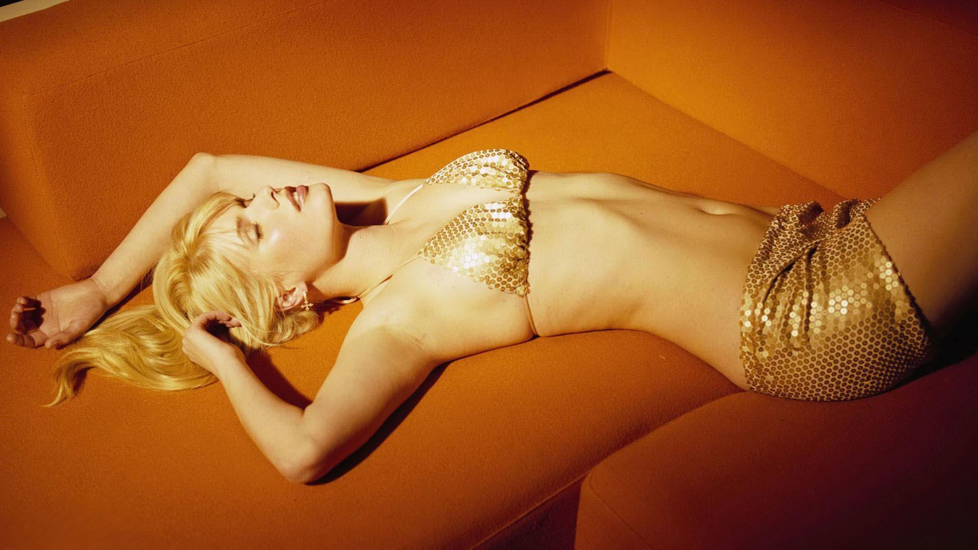Сон блондинки.