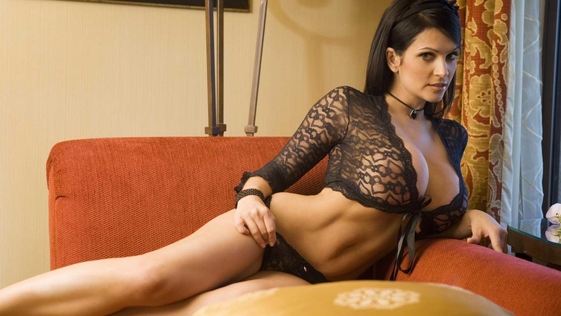 Пышногрудые девушки в прозрачном белье 22 фотография