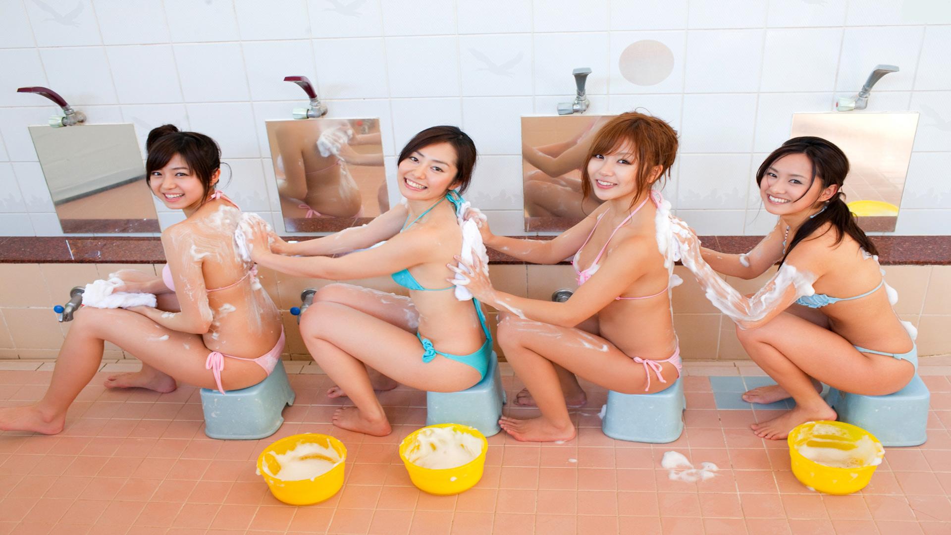 Широкоформатные голые обои с японками 4 фотография