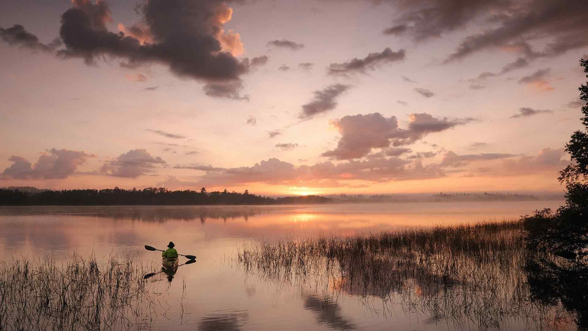 Рыбалка на озере вечерняя рыбалка на
