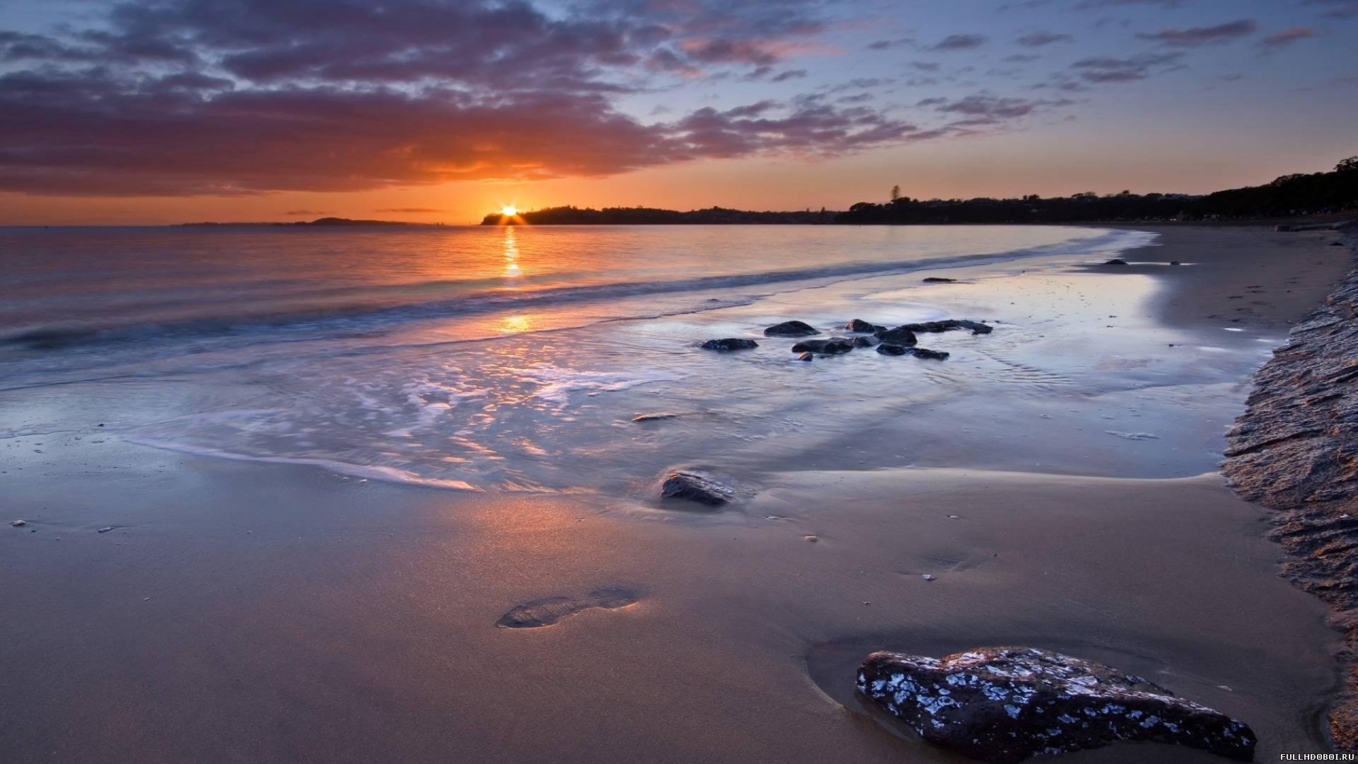 Фото мачеха с пасынком на диком пляже 12 фотография