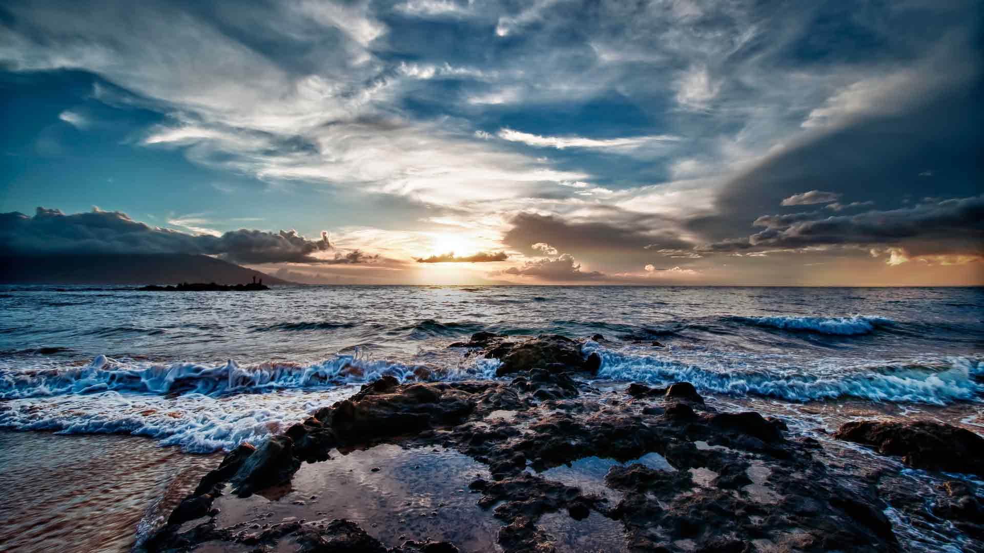 Скачать шум моря и музыка.