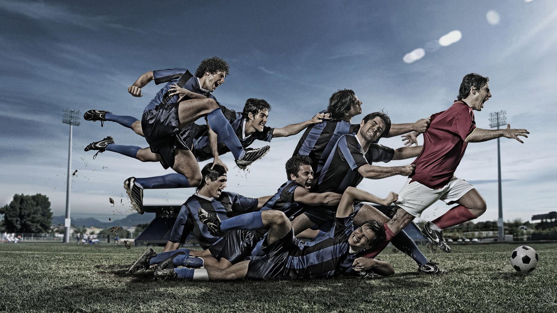 Футболисты, Несколько футболистов ...: www.fullhdoboi.ru/photo/sport/futbolisty/7-0-7457