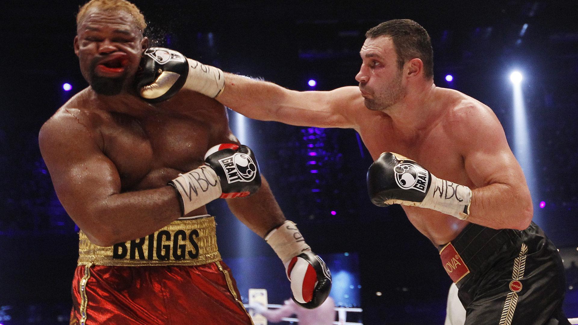 Удар сильнейший удар боксера в голову